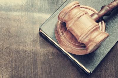 work on liens - gavel for attorney help